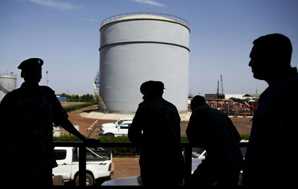 Oil Disputes Shadow First Day of Sudan-South Sudan Talks