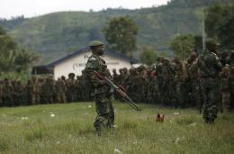 FARDC soldiers on patrol in eastern Congo